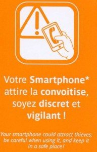 tourist safety tips paris - keep an eye on your cell phone