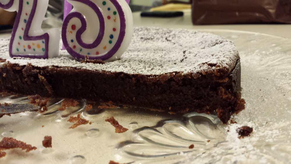 Lic Flourless Chocolate Cake